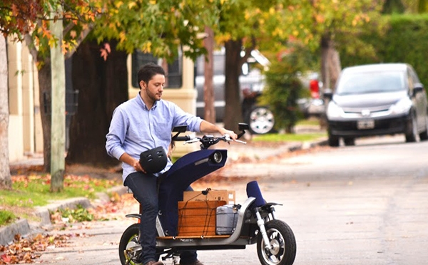EQUS – Electric Cargo Motorcycle