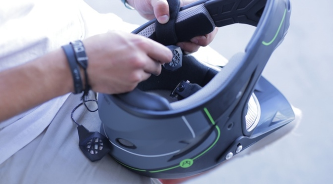 BE – LINK: Bluetooth Surround Sound for your Helmet
