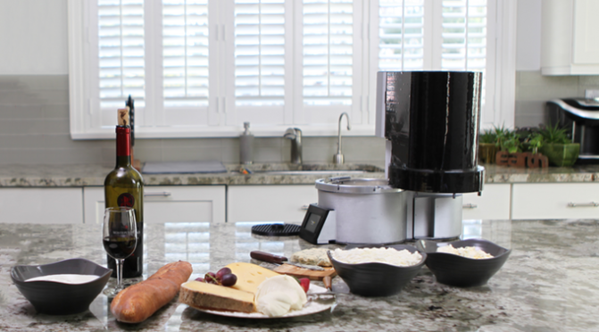 Fromaggio – World's first smart, automatic home cheesemaker