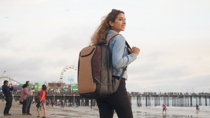 NEWEEX – The Ultimate All-In-One Travel Backpack & Laptop Case