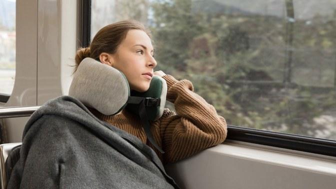 Common Journey – 2-in-1 Neck pillow & blanket