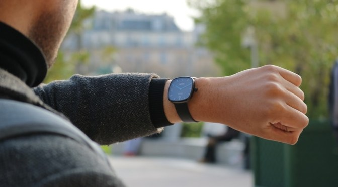 Superbe – The new Timeless Smart Watch
